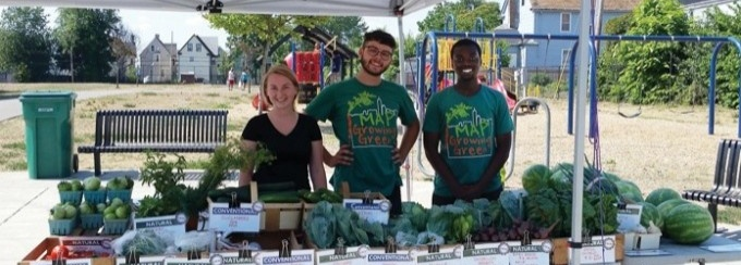 Photograph of participants of the youth program at the farmers market